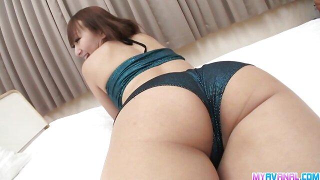 Pornografia gratuita sem registo  A filme pornô de mulher anão Madura Amazon Staci Miguire fode sem preservativo (2016))